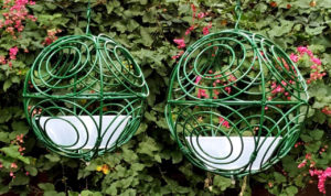 Green – Twirlybird Bird feeder